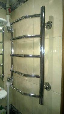 Установка сушилки на плитку в ванной. Сделано Русстрой г. Калуга
