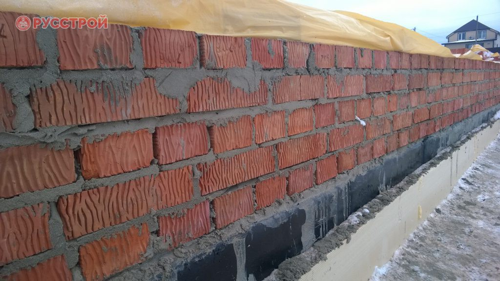 Укладка стен из кирпича. Строительная компания Русстрой г. Калуга