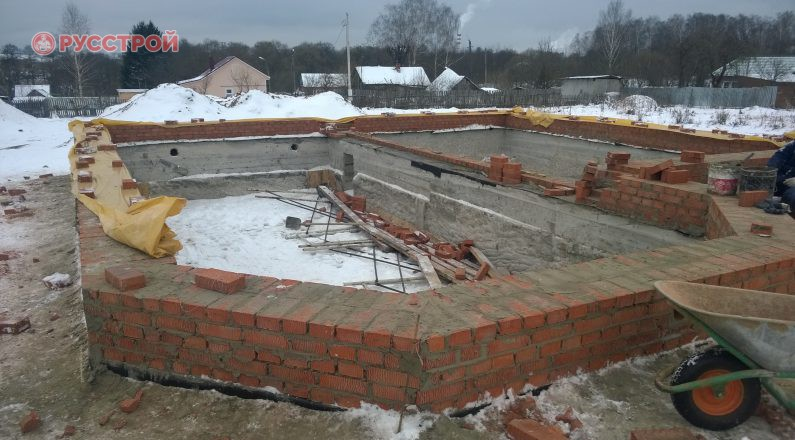 Строительство несущих стен из кирпича. Строительная компания Русстрой г. Калуга