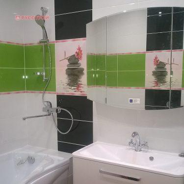 Установка ванной, подключение смесителя, душа, сантехники. Укладка плитки на стены и пол. Ремонт в ванной код ключ. Сделано ООО 'Русстрой' г. Калуга