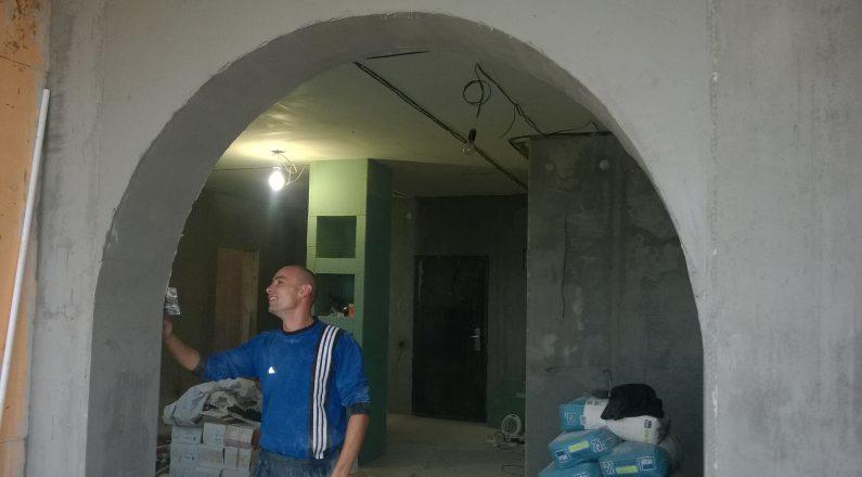 Шпатлевка арки с выходом на лоджию