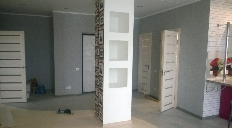 Декоративная колонна с нишами из гипсокартона