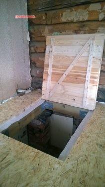 люк для доступа в подвал
